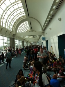 The line for Preview Night Ballroom 20 SDCC