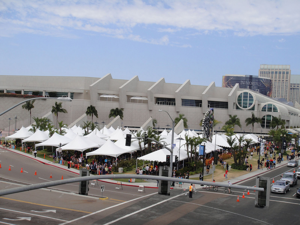 San Diego Comic-Con 2011 - the Hall H line area by Pop Culture Geek, on Flickr