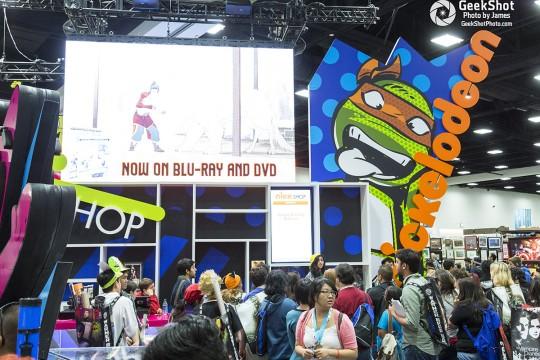 Nickelodeon TMNT Teenage Mutant Ninja Turles booth floor display