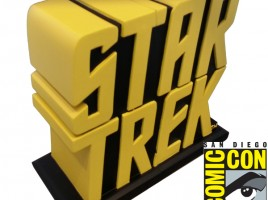 sdcc-2014-star-trek-tos-yellow-logo-bookends-show-pick-up-only-31