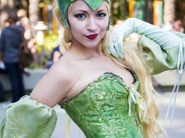 GeekShot Exclusive Series Week ? - Cosplay Marvel Comics Enchantress WonderCon