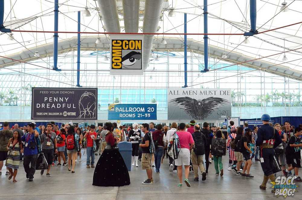 Sails Pavilion Crowd SDCC 2014