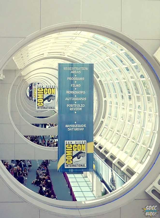 Comic Con Sign Registration Programs Banner Crop Convention Center