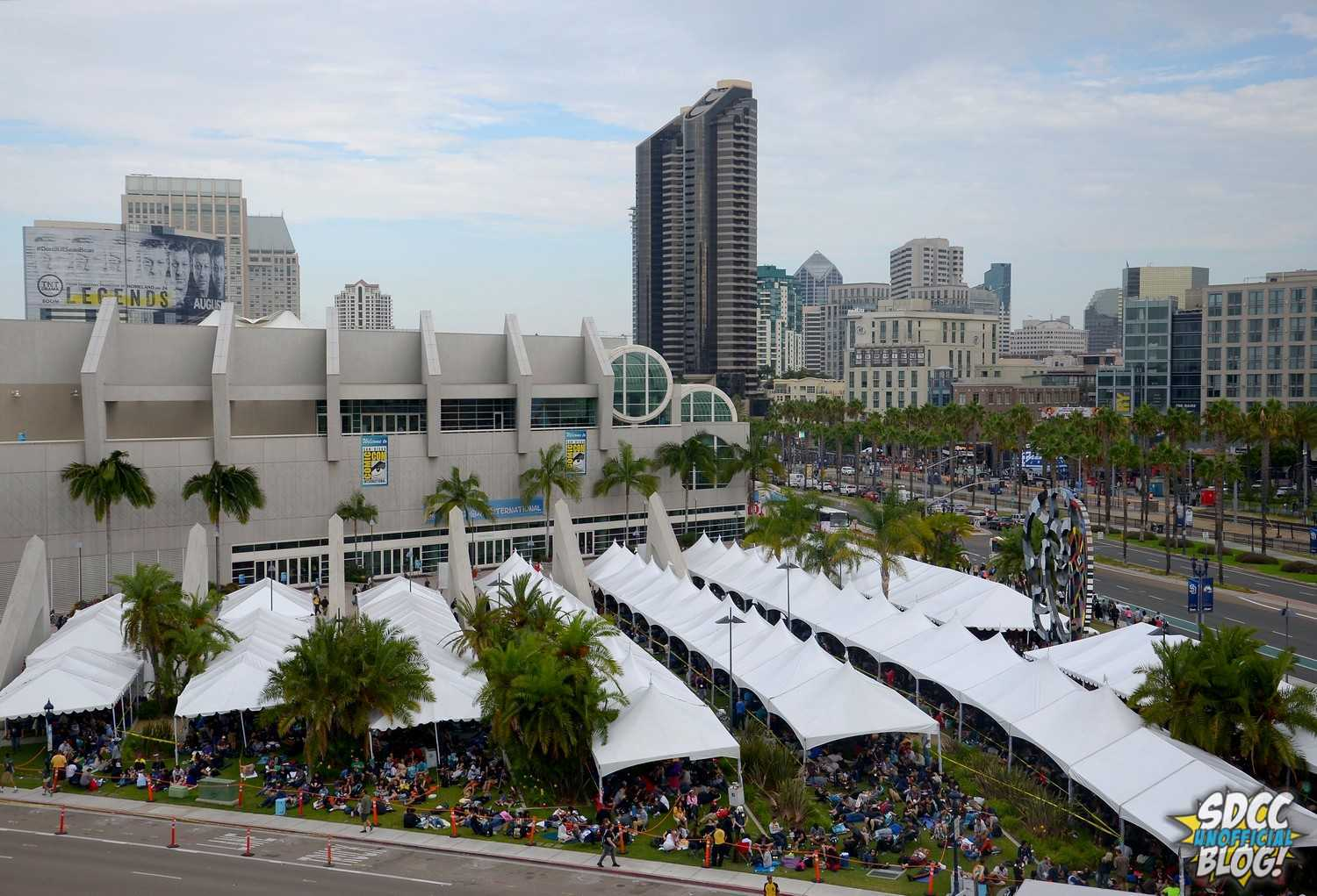 Hall H Line Tents Convention Center Hotels - City View