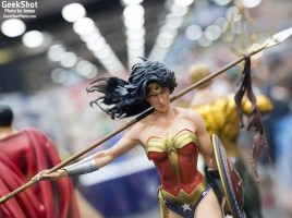 GeekShot Exclusive Series Vol 2 Week 28 - Wonder Woman statue sideshow collectibles 2015