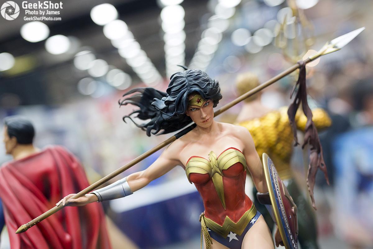 GeekShot Exclusive Series Vol 2 Week 28 - Wonder Woman statue sideshow collectibles 2015