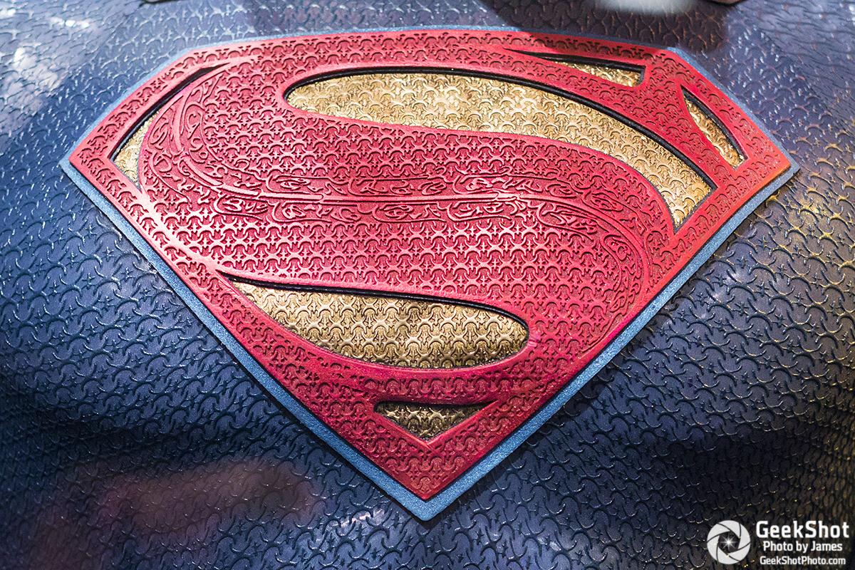 GeekShot Exclusive Series Vol 2 Week 29 A - Superman Batman v Superman Dawn of Justice logo costume prop