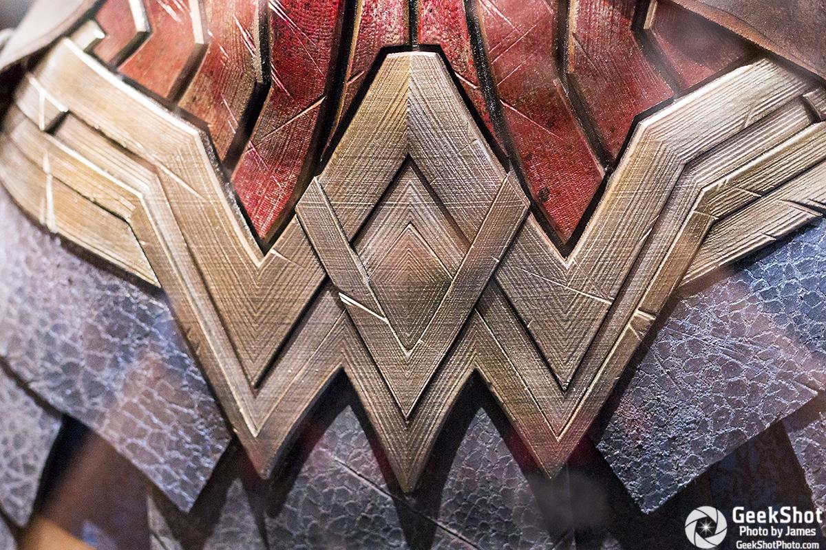 GeekShot Exclusive Series Vol 2 Week 29 A - Wonder Woman Batman v Superman Dawn of Justice logo costume prop