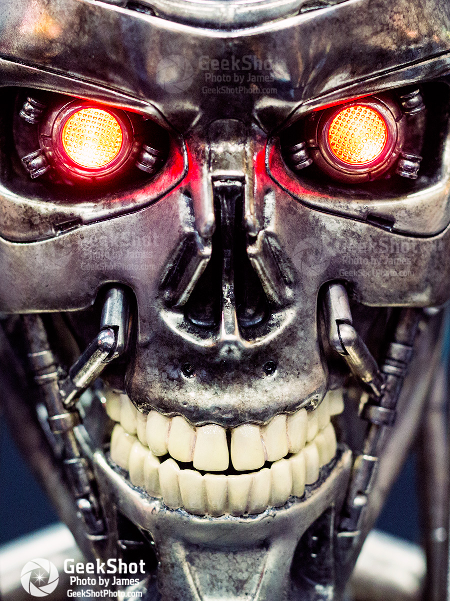 GeekShot Exclusive Series Vol 2 Week 33 - Terminator skull endoskeleton Sideshow Collectibles