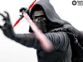 GeekShot Exclusive Photo Series Vol. 3 (Week 20) - Kylo Ren Kotobukiya ARTFX Statue Star Wars The Force Awakens