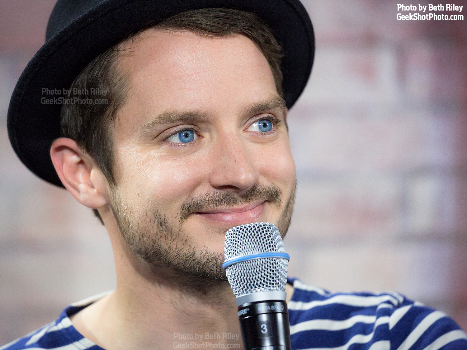 GeekShot Exclusive Photo Series Vol. 3 (Week 21) - Elijah Wood Dirk Gently Nerd HQ 2016